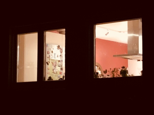 My red kitchen wall... as I arrived from the market.